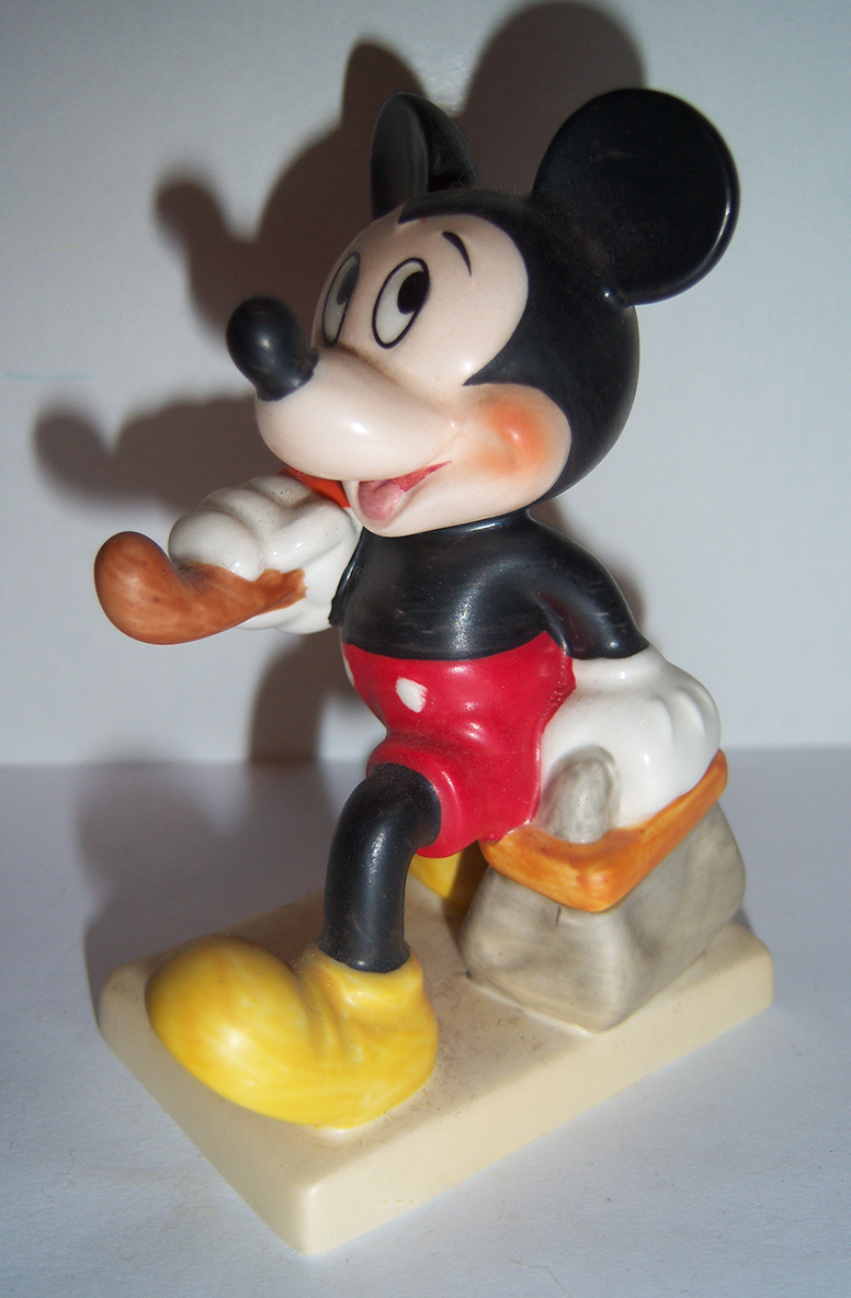 Hummel Goebel Disney Figurines 11 2 0 Tmk 7 Merry Wanderer